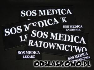 Naszywka odblaskowa sos medica ratownictwo na czarnym tle