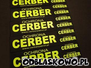 Naszywka odblaskowa z żółtym napisem cerber ochrona