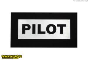 Odblaskowa naszywka z napisem pilot